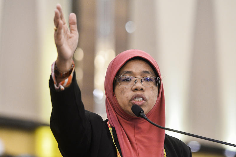 Aiman Athirah speaks during the Amanah National Convention in Shah Alam December 8, 2019. — Picture by Miera Zulyana