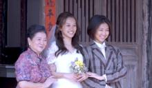 再度無緣同框「陳伯昌」 國民阿嬤為香港千金縫婚紗