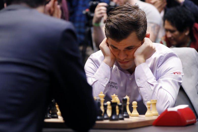 Juara dunia Magnus Carlsen gelar turnamen catur online