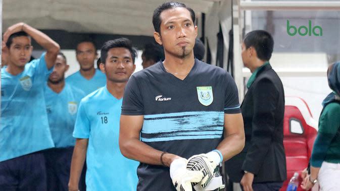 Kiper Persela, Dwi Kuswanto. (Bola.com/Aditya Wany)
