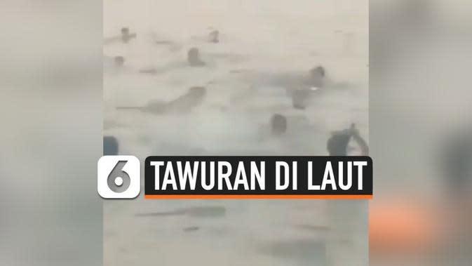VIDEO: Sambil Bawa Celurit, Remaja di Cilincing Tawuran di Laut