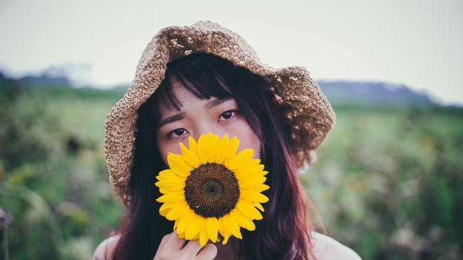 ilustrasi perempuan/Photo by Tan Danh from Pexels