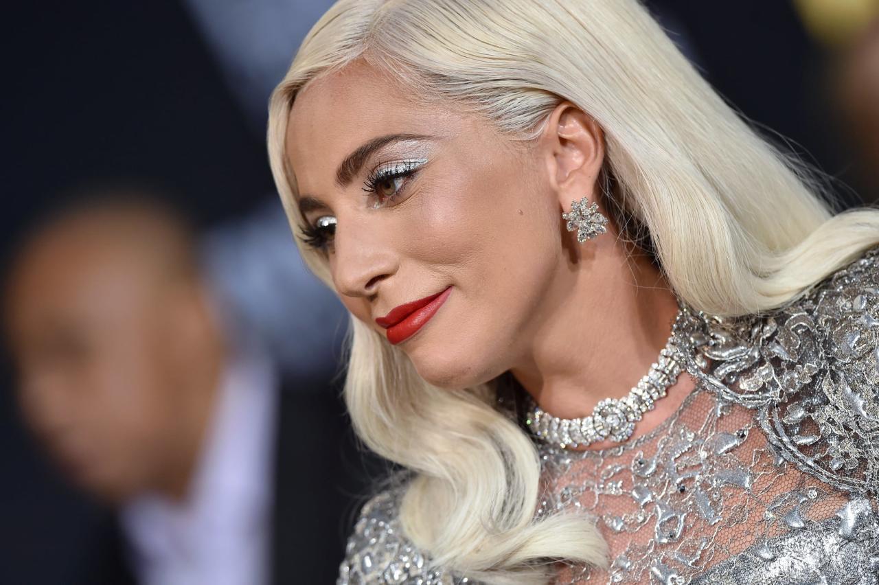 "<p>Pictured: <a rel=""nofollow"" title=""Latest photos and news for Lady Gaga"" href=""https://www.popsugar.com/Lady-Gaga"">Lady Gaga</a></p>"