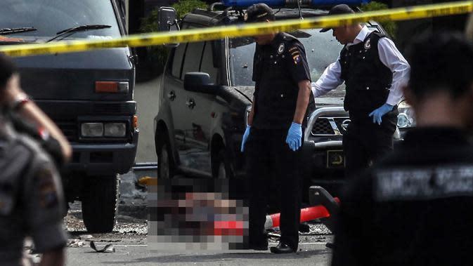 Sempat Ditolak, Jenazah Bomber Medan Dimakamkan di Kuburan Nenek