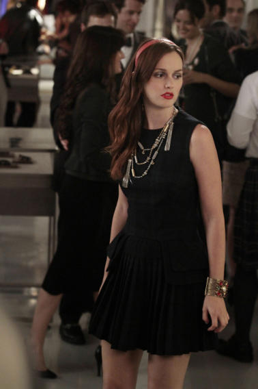 Gossip Girl Superlatives - Best Blair Scheme: Conspiring with Sage to get the heads of the five school queens to go to her fashion show (season 6, episode 7)