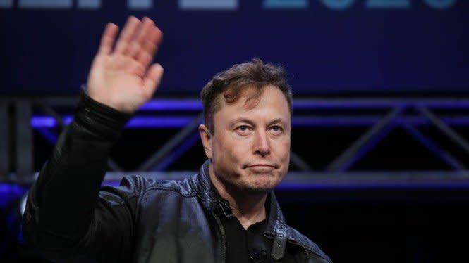 Elon Musk Dituduh 'Threesome' dengan Amber Heard dan Cara Delevingne