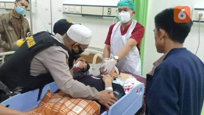 Salah seorang korban tertembak menjalani perawatan intensif di RS Bhayangkara Makassar (Istimewa)