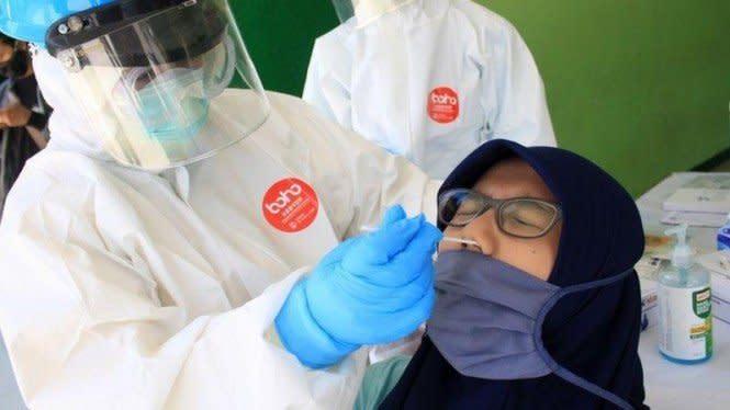 November, Warga Depok Disuntik Vaksin Anti COVID-19