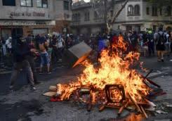 Chile akan referendum  untuk konstitusi baru, merespon protes