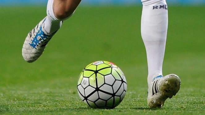 Sepatu pemain Real Madrid, Toni Kroos