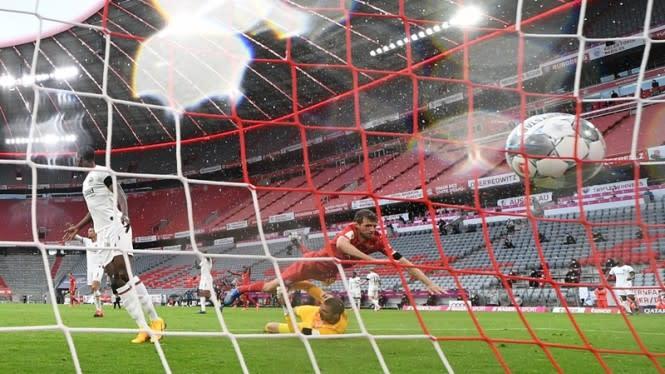 Drama 7 Gol di Allianz Arena, Bayern Munich Menang Telak