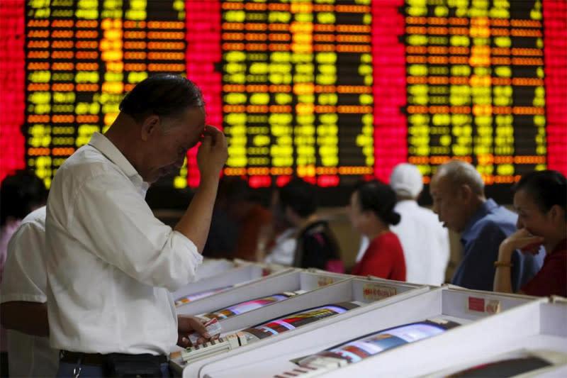 Saham China dibuka lebih rendah ikuti tren pasar global