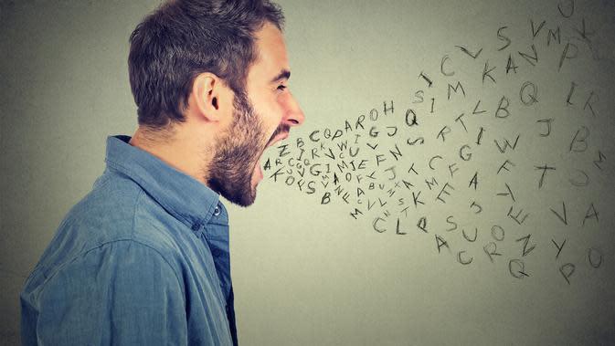 18 Kata Kata Sindiran Halus Buat Orang Munafik Penuh Makna