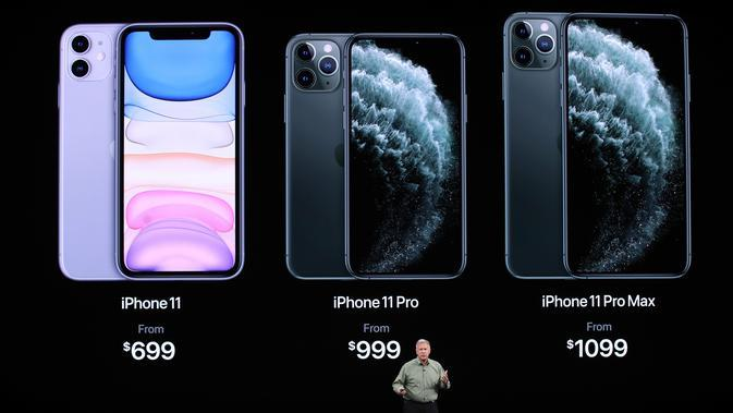 Vice President of Worldwide Marketing Apple Phil Schiller berbicara tentang iPhone 11 Pro saat peluncuran di Cupertino, California, Amerika Serikat, Selasa (10/9/2019). iPhone 11 dibanderol USD 999, iPhone 11 Pro USD 999, dan iPhone 11 Pro Max USD 1099. (Justin Sullivan/Getty Images/AFP)