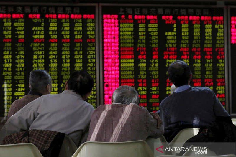 Saham China perpanjang keuntungan, ditopang data perdagangan domestik