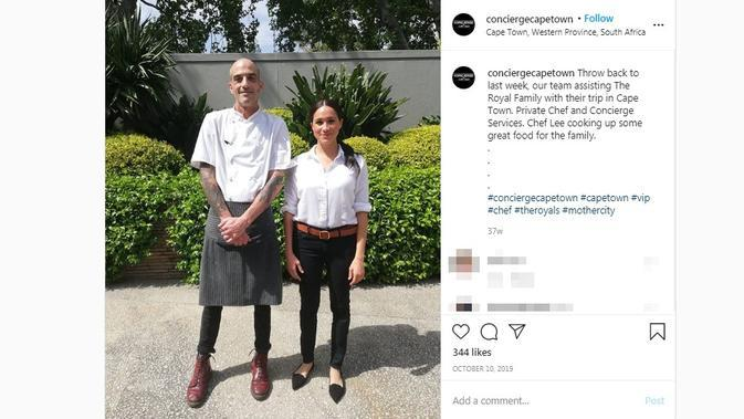 Potret Meghan Markle tersenyum bersama koki saat menjalani tur kerajaan di Afrika pada 2019 lalu. (dok. Instagram @conciergecapetown/https://www.instagram.com/p/B3bZ3rTJpzw/