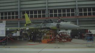 6架F-16A升級「V型」 美准AIM-120飛彈在台試射