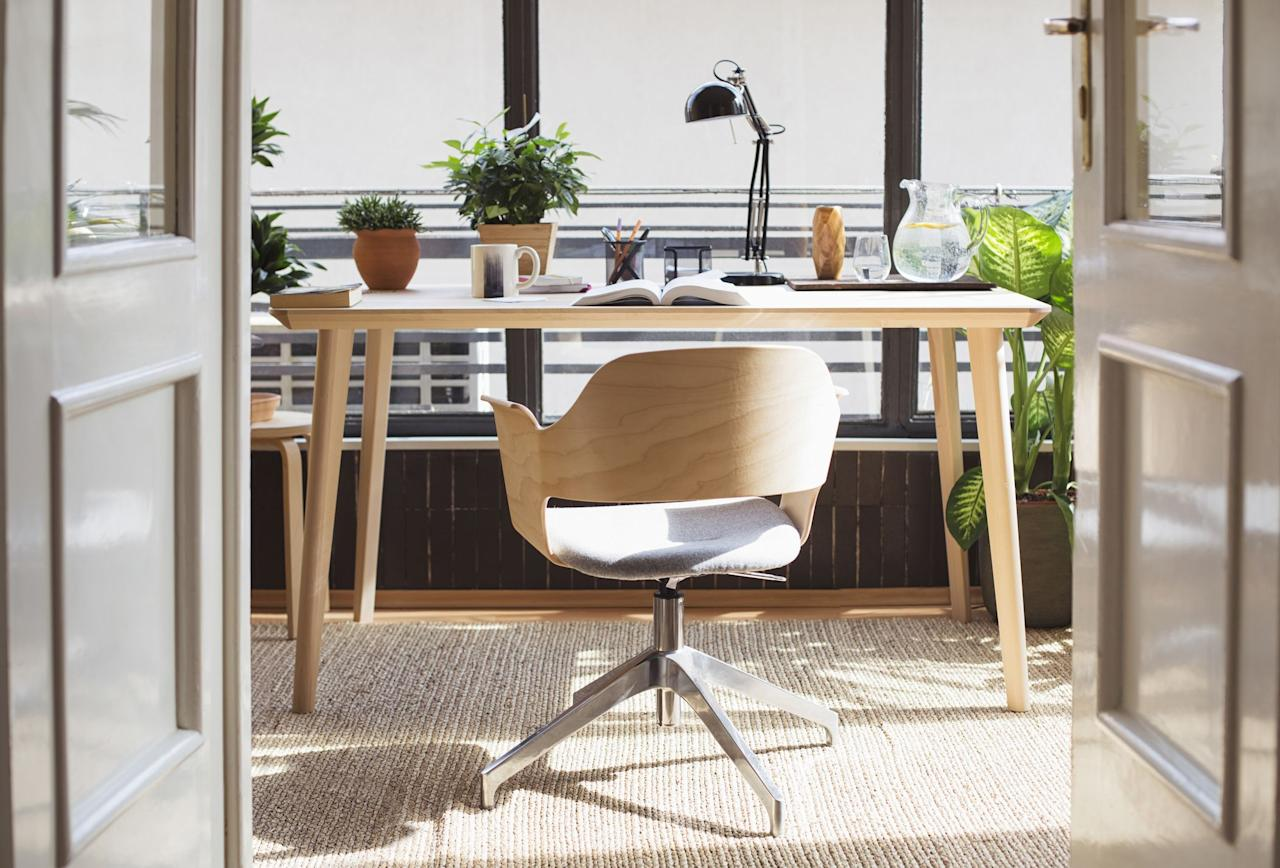 """<p>If you're a 9-to-5er, you spend a lot of your time sitting—and even if you take frequent breaks to stretch and walk around, if you're not sitting in a comfortable chair, you'll probably find yourself feeling sore at the end of the day. Whether you <a href=""""https://www.housebeautiful.com/design-inspiration/a31668687/how-to-work-from-home-office-decor/"""" target=""""_blank"""">work from home</a> or in an office, it's important to have an ergonomic seat that will help keep your back in tact. To do that, you need a chair that has features like lumbar support, great cushioning, and adjustability (so you can really tailor your chair to your individual body's needs) to make it through the work day. These office chairs will help keep you comfortable so you can focus on whatever task is at hand. And don't worry, there are some extra stylish (but still comfy!) picks to choose from, too.</p>"""