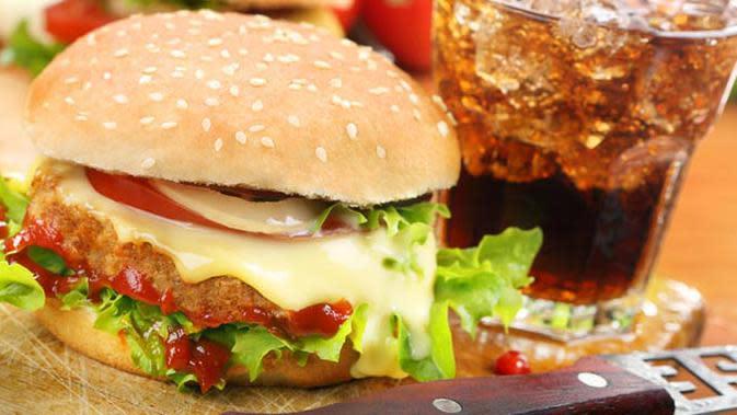 Tak perlu khawatir mengkonsumi junkfood, karena berikut beberapa pilihan junk food yang sehat.