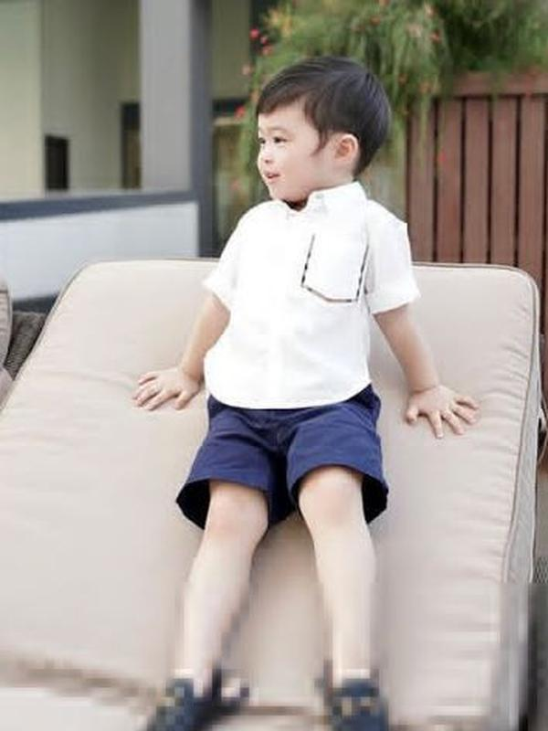 Pose menawan anak Sandra Dewi (Instagram/sandradewi88)