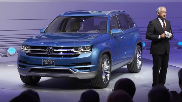Volkswagen CrossBlue concept heralds a VW people mover