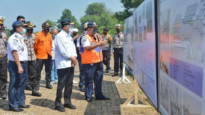 Menteri Perhubungan (Menhub) Budi Karya Sumadi meninjau jalur Tol dari Jakarta hingga Cikopo, Jawa Barat pada Minggu, 23 Agustus 2020. Dok Kemenhub