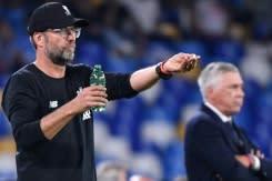 Liverpool hadapi ancaman Everton saat United berusaha menghentikan keterpurukan