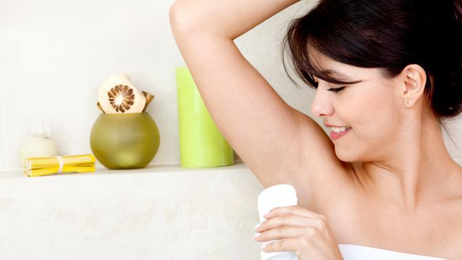 Ilustrasi deodoran/copyright shutterstock