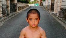 日本10歲男童練出8塊肌! 「萌版李小龍」日操4小時...耍雙節棍影片老美瘋傳