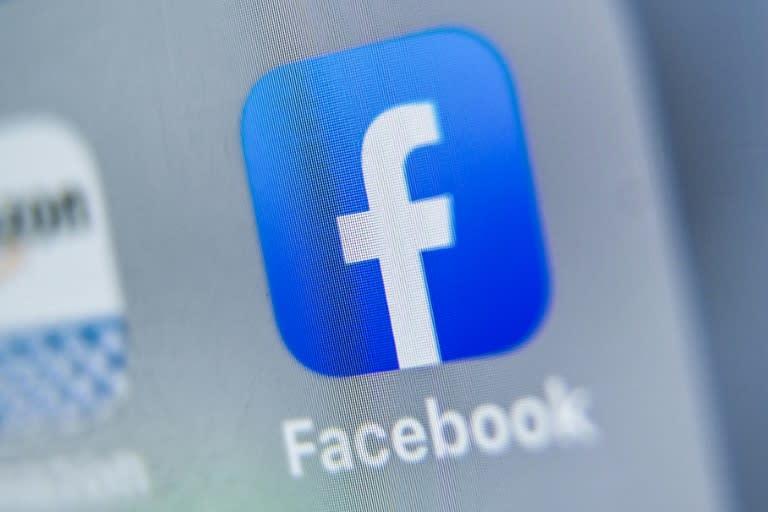 Facebook bebaskan ujaran politik dari pencarian fakta