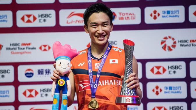 Tunggal putra Jepang, Kento Momota. (AFP/STR)