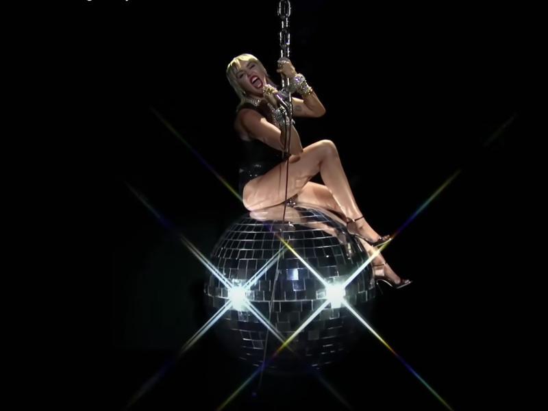 Miley Cyrus performs at the 2020 VMAsMTV