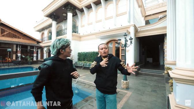 Potret rumah mewah Sule. (Sumber: YouTube/Atta Halilintar)
