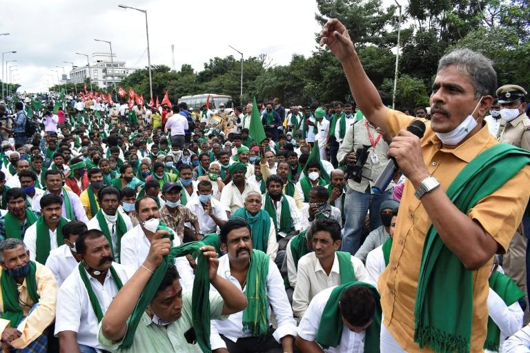 Eight Indian MPs suspended after chaotic parliament protests