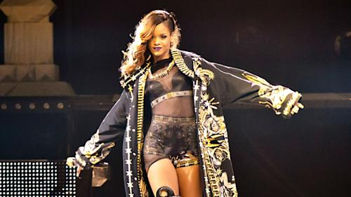 "Rihanna Cancels Another ""Diamonds"" Tour Date"