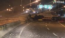 氫氣槽車撞護欄墜橋爆炸 駕駛身亡