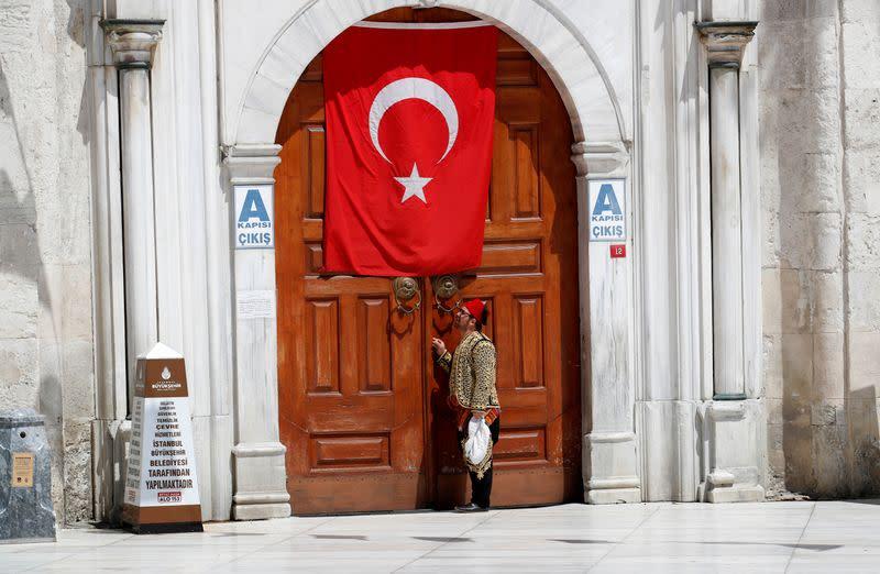 Turkey's coronavirus death toll rises to 2,900, new cases 2,131 - health minister