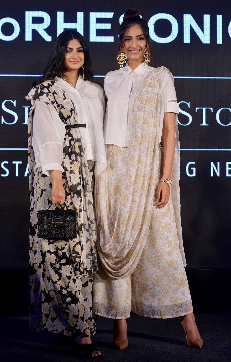 Sonam Kapoor and Rhea Kapoor during the showcase of clothing brand Rheson in Mumbai.(Photo by Milind Shelte/The India Today Group via Getty Images)