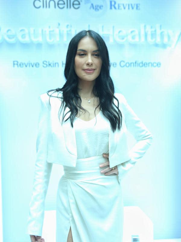 Sophia dalam acara Media Luncheon Clinelle Age Revive di The Hermitage Hotel, Menteng, Jakarta Pusat, Kamis (30/1/2020). (Adrian Putra/Fimela.com)