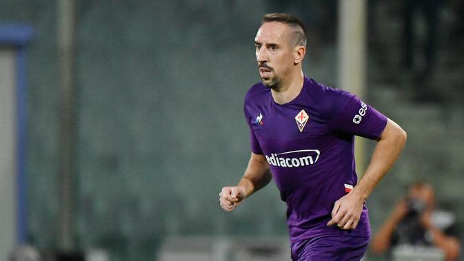 7. Franck Ribery (Fiorentina) - Sebelum menjadi pesepak bola terkenal, pemain baru La Viola ini adalah seorang kuli bangunan. Namun pengalaman hidup yang pahit membentuk dirinya sebagai pesepakbola sukses saat ini. (AFP/Andreas Solaro)