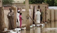 尼羅河暴漲17.5公尺蘇丹65萬人無家可歸 百年洪災肆虐金字塔守得住嗎