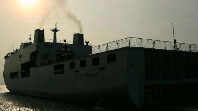 Observasi Covid-19, Kapal Raksasa TNI AL Jemput TKI Malaysia