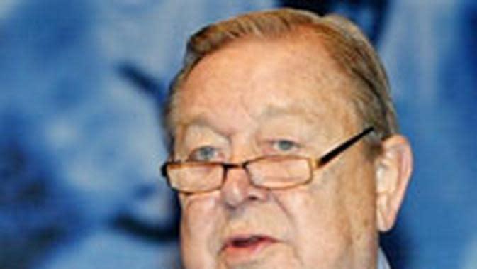 Mantan presiden UEFA Lennart Johansson. (AFP/Attila Kisbenedek)