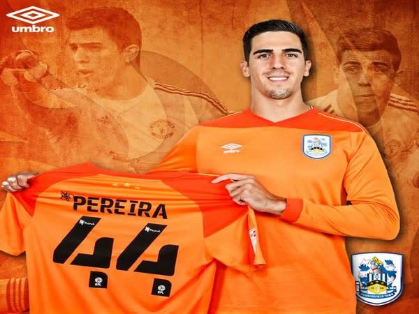 Goalkeeper Joel Pereira (Photo/Huddersfield Town Twitter)