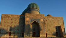 突厥斯坦 600 年未完成的陵墓