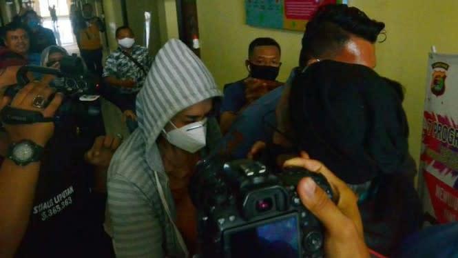Dugaan Prostitusi Online Artis VS: Polisi Pakai UU Perdagangan Orang