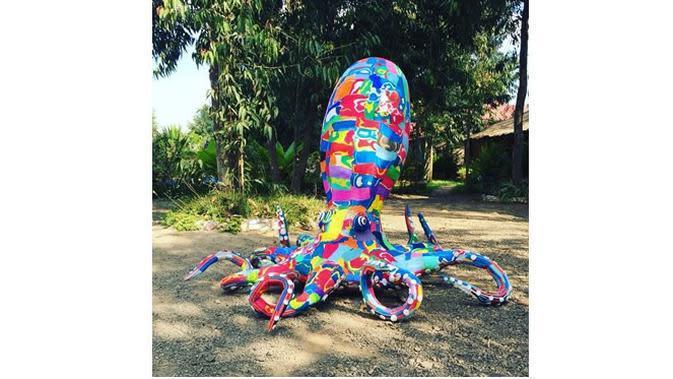Sandal Jepit Jadi Boneka (Sumber: Instagram/@oceansoleafrica)