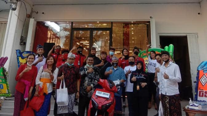 Sepeda Motor Listrik Gesits Mulai 'Mengaspal' di Bali