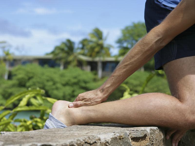 後腳跟「啪」一聲 阿基里斯肌腱恐斷裂