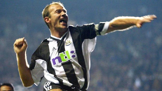 3. Alan Shearer (1996-1997) - Dari Blackburn Rovers ke Newcastle United dengan nilai transfer: 18,9 juta poundsterling. Nilai saat ini menurut data inflasi: 138 juta poundsterling. (AFP/Odd Andersen)